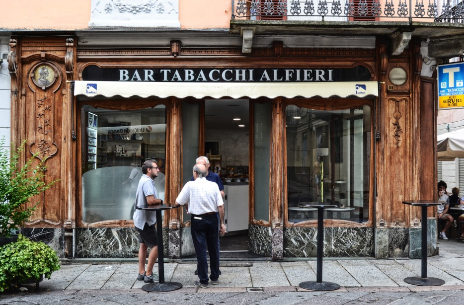 bar alfieri asti