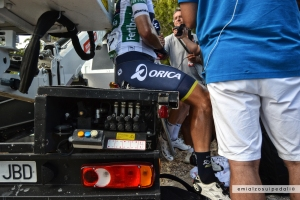 chaves white jersey vuelta alcossebre