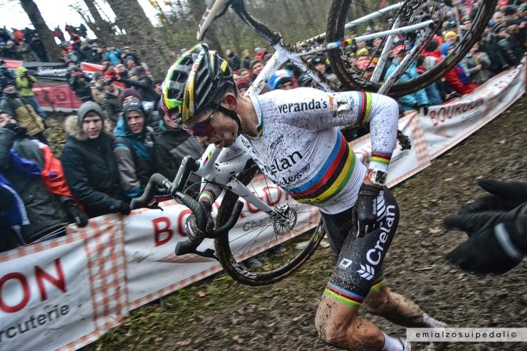 wout van aert foto Namur Ciclocross Coppa del Mondo