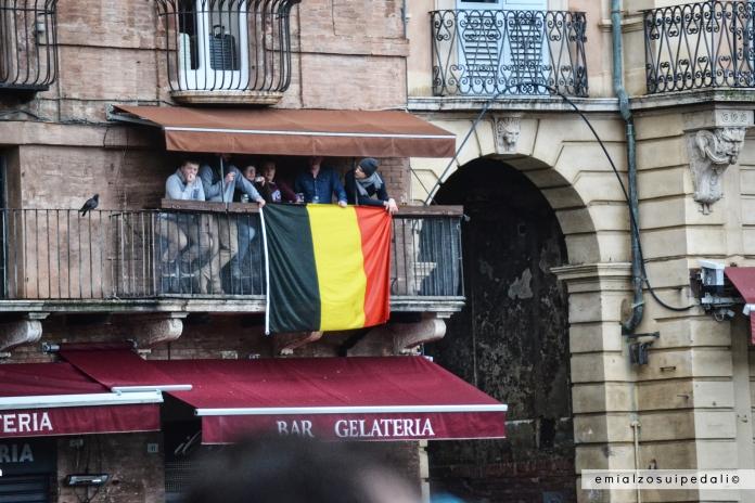 belgio bandiera strade bianche