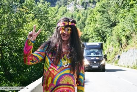 tifoso hippie alpe d'huez
